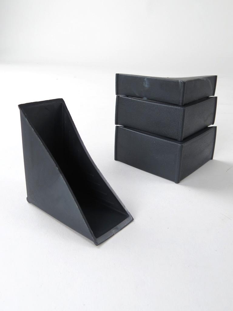 Corner Pvc Protcror : Plastic corner protectors closed open and expandable