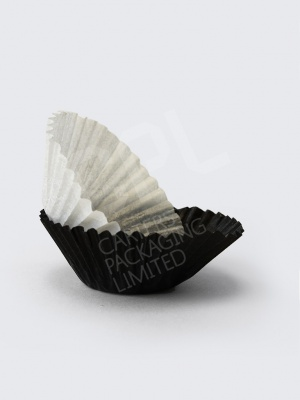Black and White Petit Four Cake Cases
